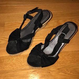 Sonoma Espadrilles. Black size 7